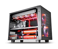 Thermaltake Core X9 PC Chassis